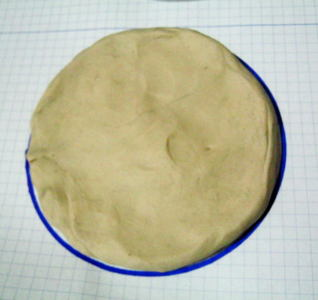 Modelling clay bowl step-by-step
